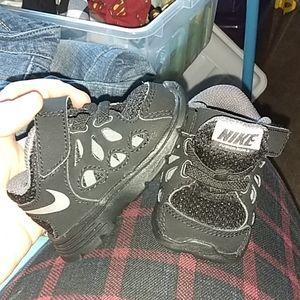 Nike Fusion Run 2 baby sneakers